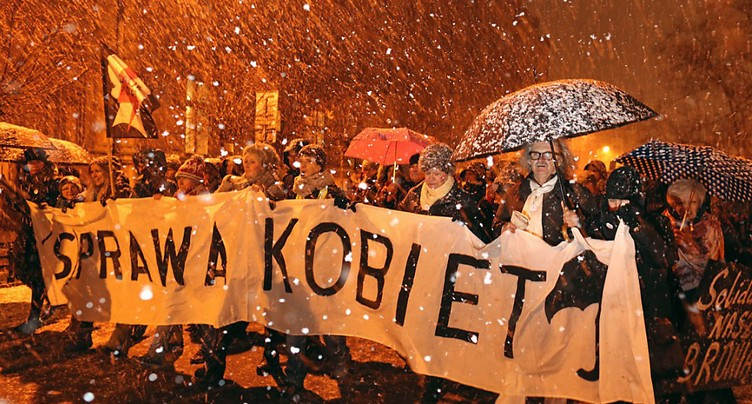 La une pro-avortement d'un journal polonais vivement critiquée