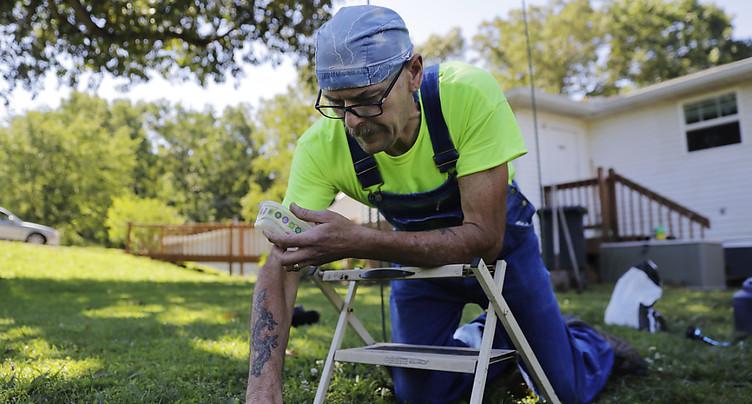 Bouger même sans transpirer pourrait prolonger la vie des seniors