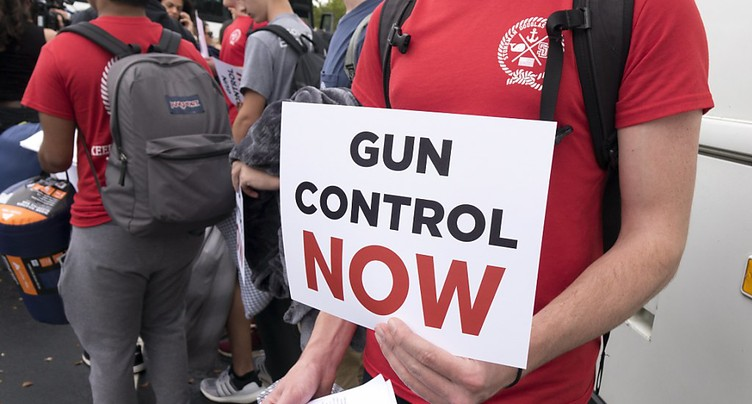 Deux tiers des Américains pour des lois plus strictes sur les armes