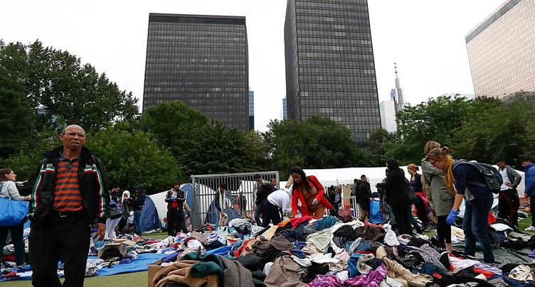 Près de 10'000 Bruxellois manifestent pour les migrants