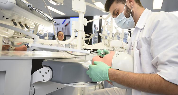 La clinique universitaire de Genève passe de l'ombre à la lumière