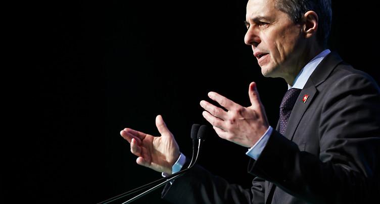 Ignazio Cassis appelle l'économie à s'engager dans le débat