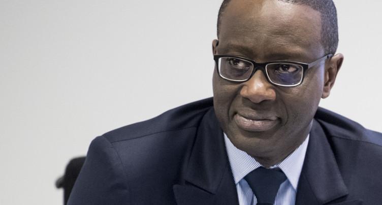 Salaire en baisse pour Tidjane Thiam, le patron de Credit Suisse