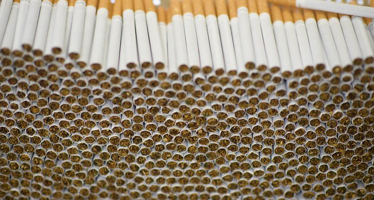 La nouvelle mouture de la loi sur le tabac ne convainc toujours pas