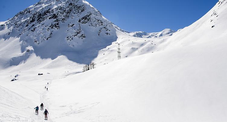 Une personne emportée par une avalanche au Grand-St-Bernard