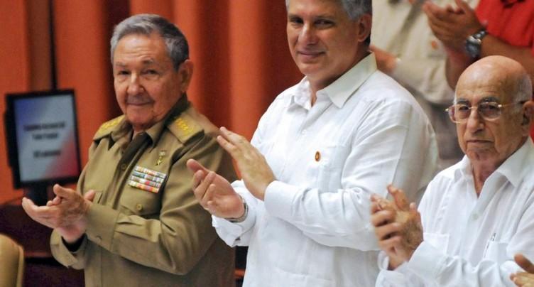 Cuba: Miguel Diaz-Canel adoubé pour succéder à Raul Castro