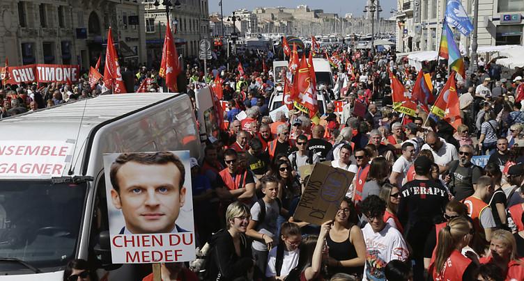 France : les protestataires tentent la « convergence des luttes »