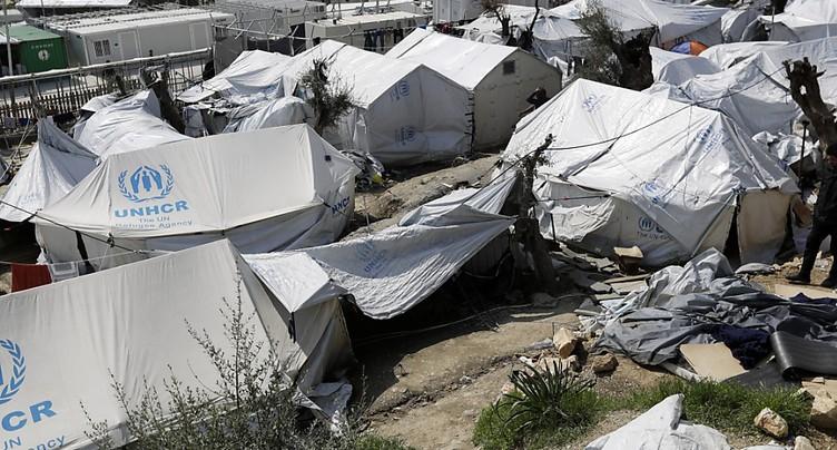 Migrants blessés à Lesbos après des heurts avec l'extrême-droite