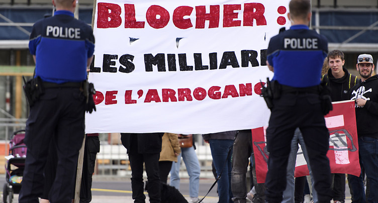 Manifestation contre la venue de Christoph Blocher dans le Jura