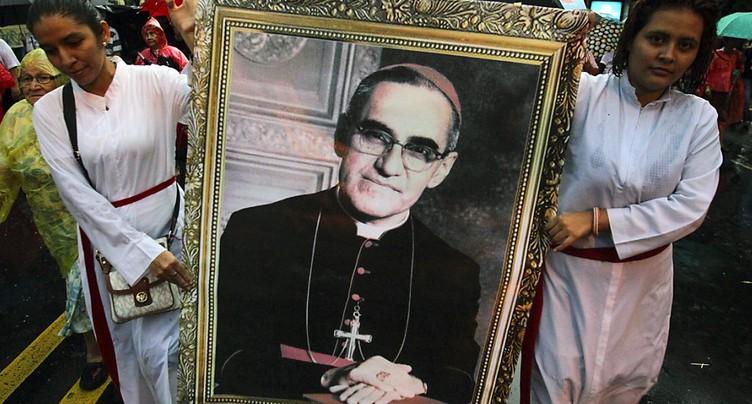 L'archevêque Oscar Romero et Paul VI canonisés le 14 octobre à Rome