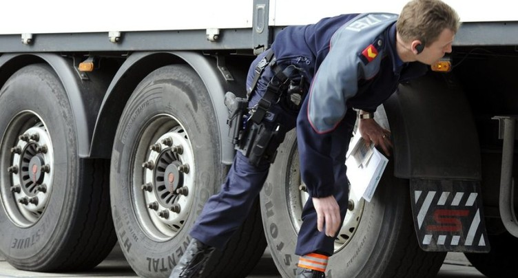 Poids lourds: le nombre d'infractions aux règles de sécurité explose