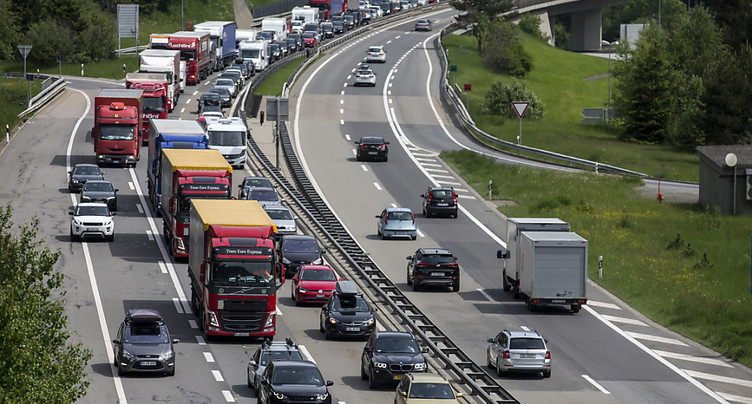 4 km d'embouteillage au tunnel routier du Gothard
