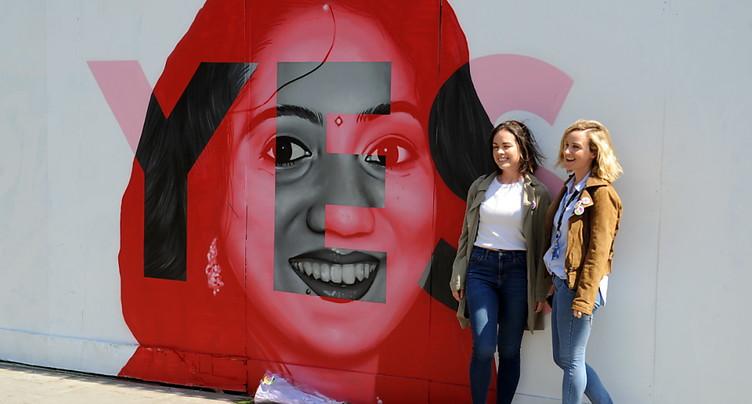 Sortie des urnes: 68% des Irlandais pour la libéralisation de l'IVG