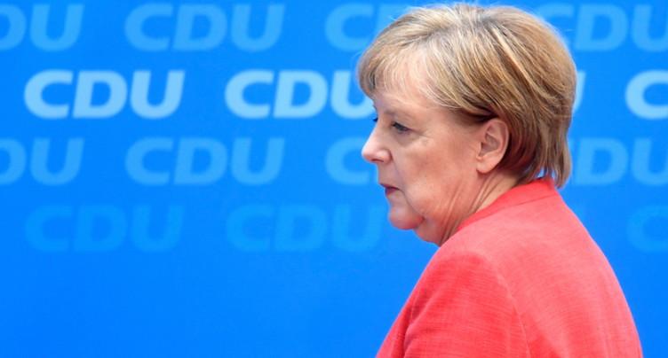 Migrants: la CSU lance un ultimatum de deux semaines à Merkel