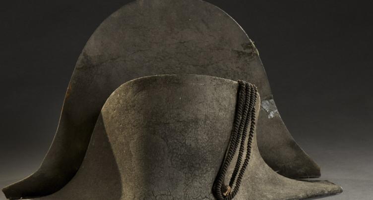 Un bicorne de Napoléon, ramassé à Waterloo, adjugé 350'000 euros