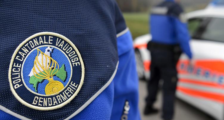 Fribourg: le conducteur d'une voiture volée prend la fuite