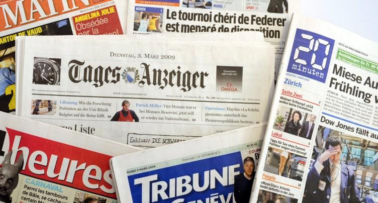 Editeurs, PS et syndicats déplorent le lâchage de la presse écrite