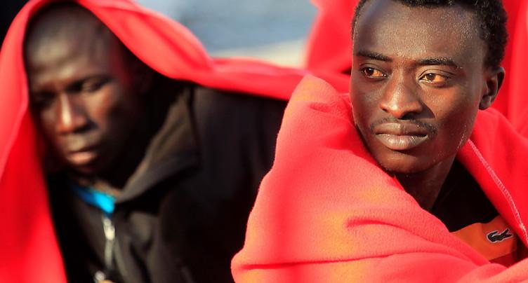 Plus de 500 migrants secourus en mer lors de plusieurs opérations