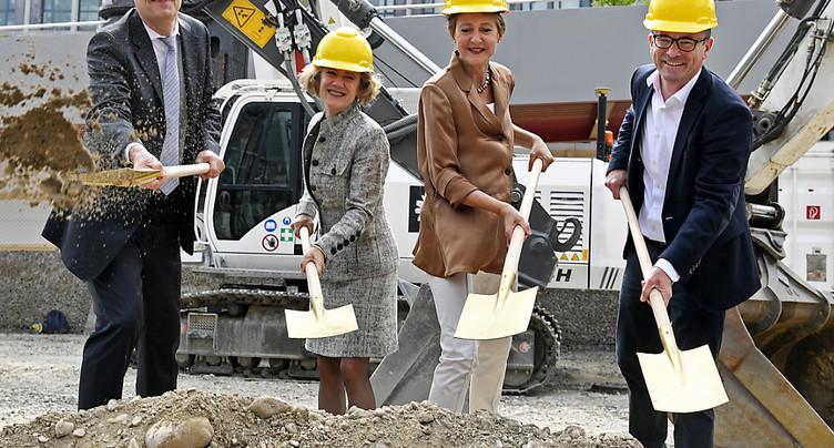 Asile: début des travaux de construction d'un centre fédéral à Zurich