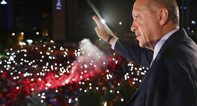 Le principal rival d'Erdogan « accepte » les résultats des élections