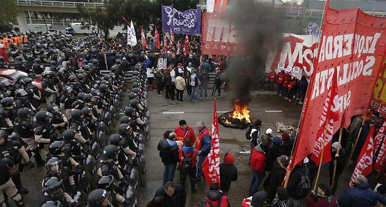 Grève générale contre la rigueur et le FMI en Argentine
