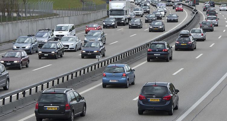 La réduction de la vitesse lors de trafic surchargé est positive sur les autoroutes