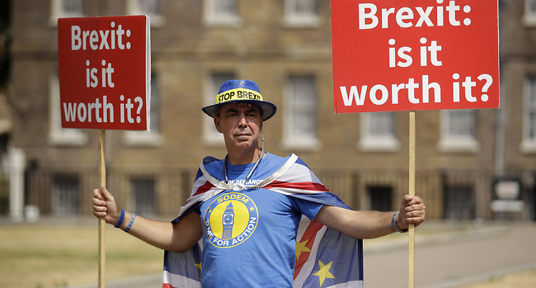 La Première ministre britannique veut éviter une rébellion des eurosceptiques