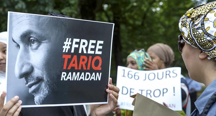 60 personnes manifestent leur soutien à Tariq Ramadan à Genève