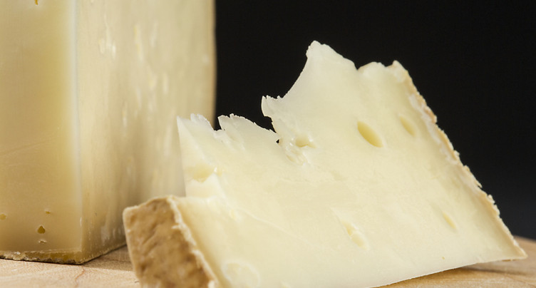 Une entreprise fribourgeoise devra rembourser le supplément lait