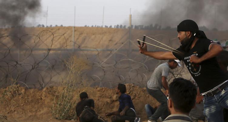 Bombardements et violences à la frontière Israël-Gaza: cinq morts