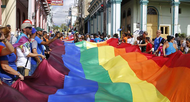Cuba ouvre la voie au mariage homosexuel