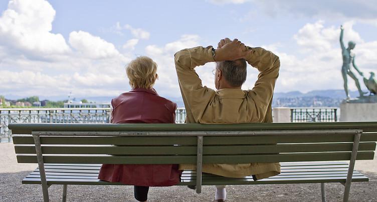 Les Suisses pour un relèvement de l'âge de la retraite des femmes