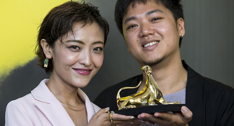 Le Léopard d'or à un film singapourien, « A Land Imagined »