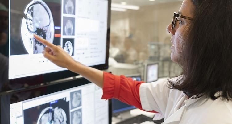 Nouvelle opération de l'épilepsie en première européenne au CHUV