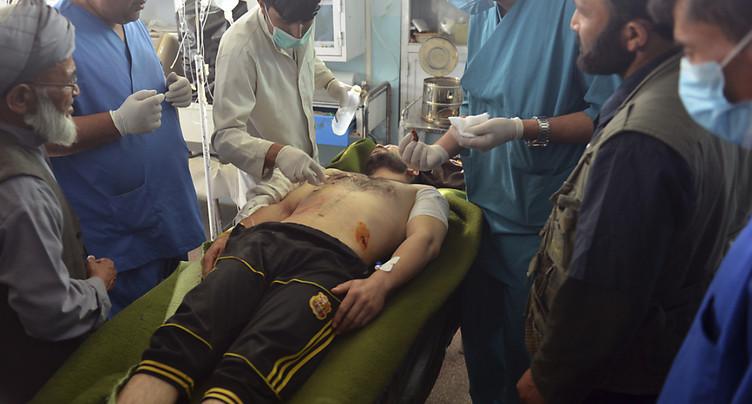 Les talibans s'emparent d'une base militaire en Afghanistan, au moins 14 tués