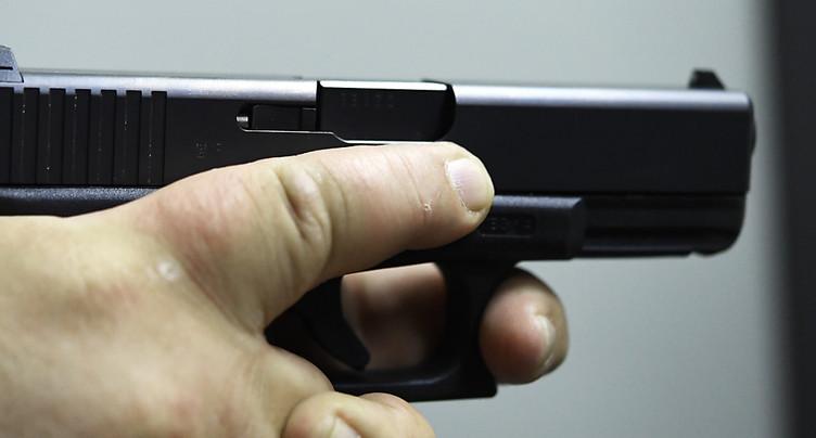 Une commission fait un pas vers l'UE sur la loi sur les armes