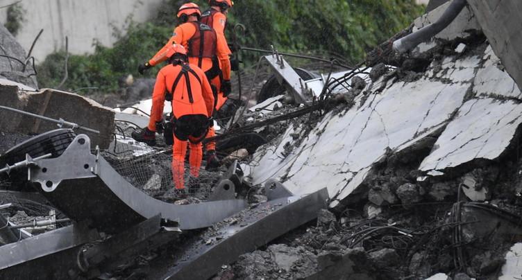 A Gênes, la recherche de survivants se poursuit