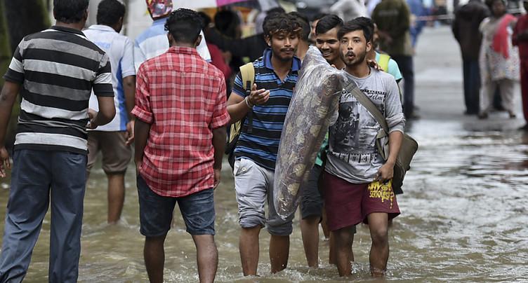 Plus de 160 morts dans les inondations en Inde