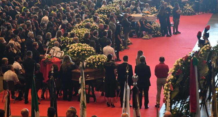 Le bilan s'alourdit à Gênes: 41 morts