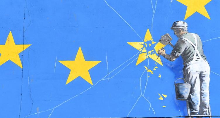 Un Brexit « chaotique » menacerait l'unité européenne, dit Londres