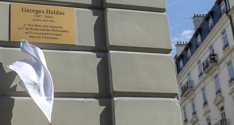 Boulevard des Philosophes: une plaque en hommage à Georges Haldas