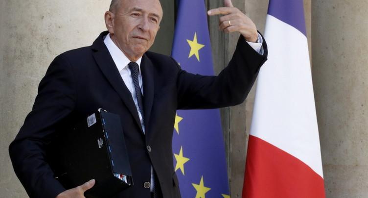 Le ministre français de l'Intérieur Gérard Collomb annonce son départ en 2019