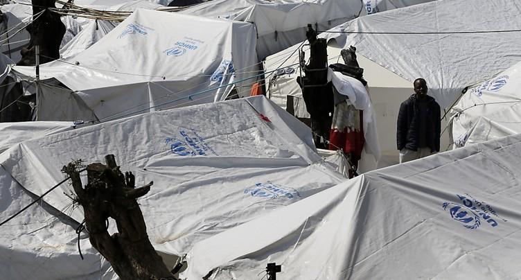 La Grèce veut assouplir les conditions des migrants sur ses îles
