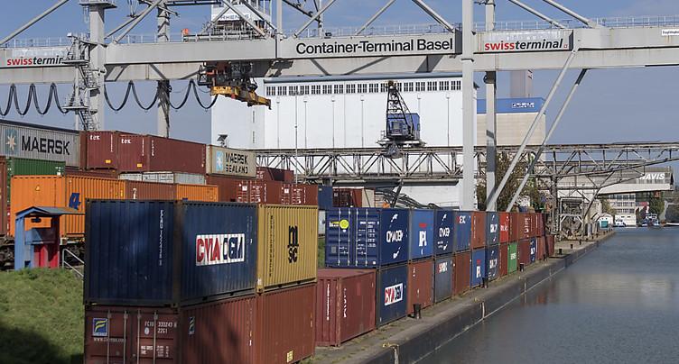 Les exportations se maintiennent à un haut niveau en août