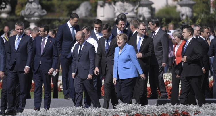 Brexit: l'UE et Londres lancent le sprint final sous tension
