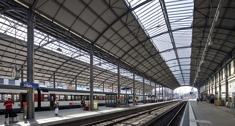 Un train bloque la voie ferroviaire entre Berne et Olten (SO)