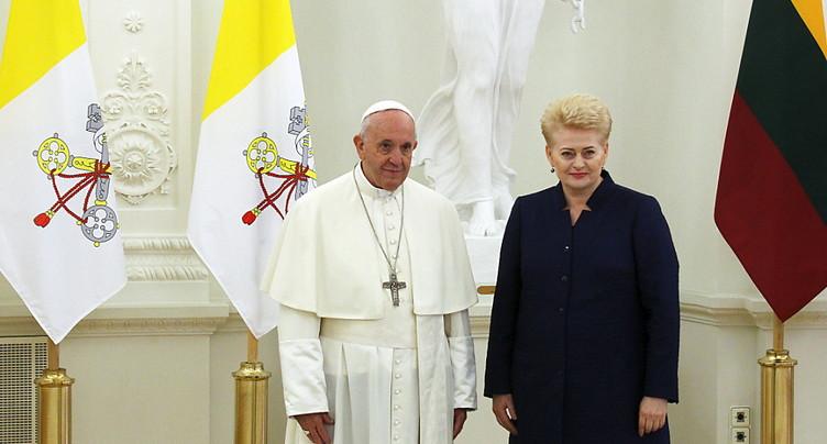 Le pape s'envole pour les pays baltes - Première étape: la Lituanie