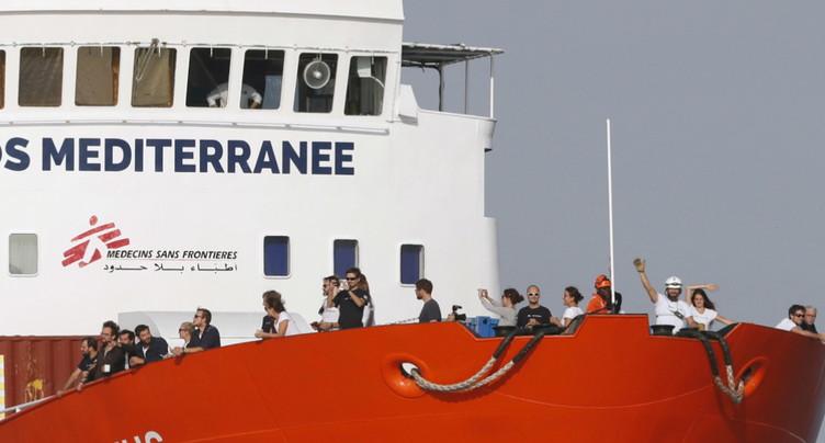 En route vers Marseille, l'Aquarius demande un feu vert humanitaire