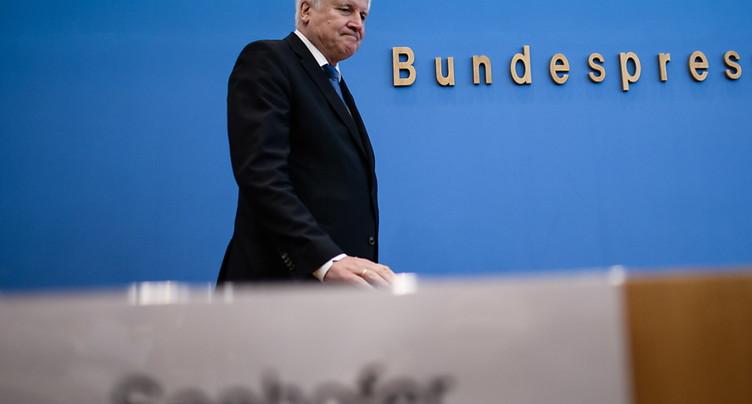 La CSU reste membre de la Grande Coalition, dit Seehofer