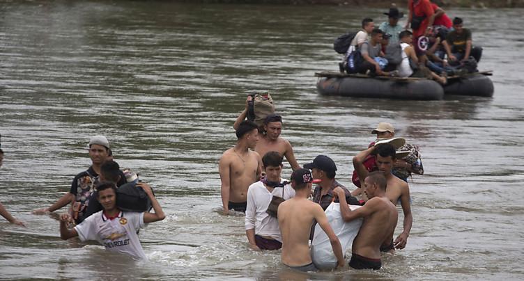 Des milliers de migrants honduriens ont repris leur marche vers les Etats-Unis